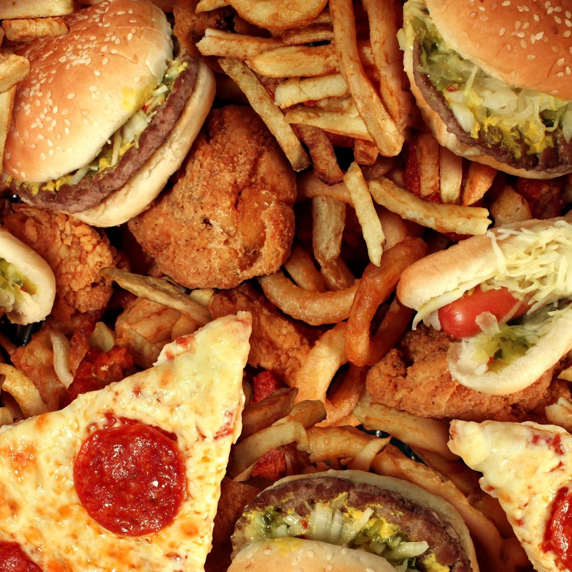 http://www.4newsmagazine.com.br/sites/default/files/bigstock-fast-food-45761026.jpg