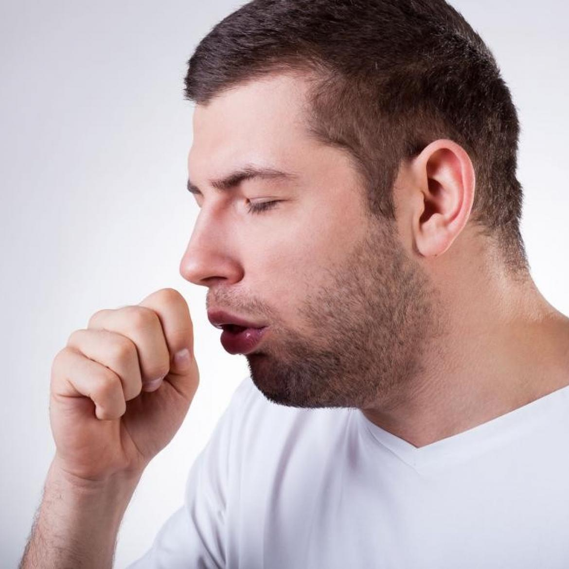 http://www.4newsmagazine.com.br/sites/default/files/bigstock-sick-man-having-a-cough-65202781-ke0b-u1017204809271zg-1024x683gp-web.jpg